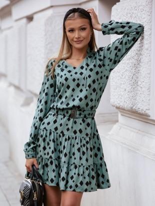 Sukienka z paskiem na długi rękaw